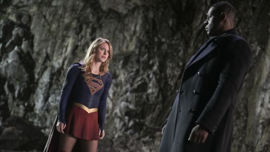 Download Supergirl Season 4